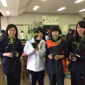 宮城県柴田農林高校川崎高校・川崎町立川崎第二小学校で講義を行いました