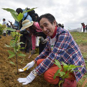 宮城県岩沼市「千年希望の丘植樹祭2017」