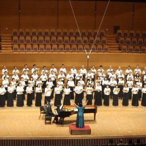 東京海上合唱団の皆様による、募金活動♪
